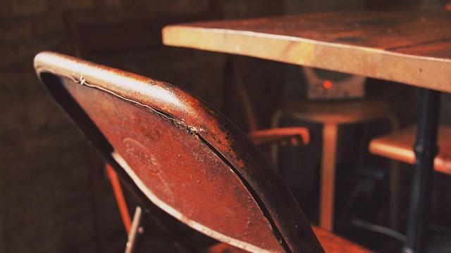 Vollholz – Massivholz – Echtholz: darauf sollten Sie beim Möbelkauf achten