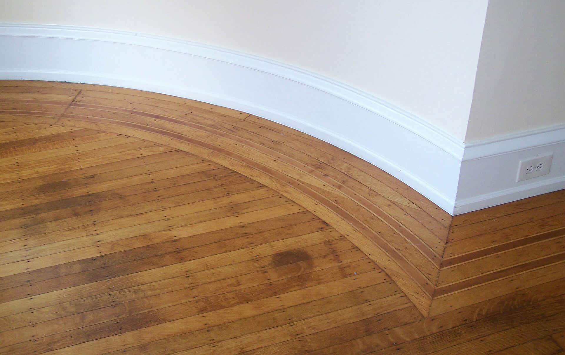 Ein Parkett- oder Dielenboden verleiht einem Raum einen warmen, wohnlichen Charakter. Selbst Parkett zu verlegen ist dabei gar nicht so schwer. Bildquelle: pixabay, © babylass, CC0 Public Domain