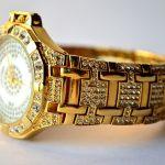 Uhr, Gold