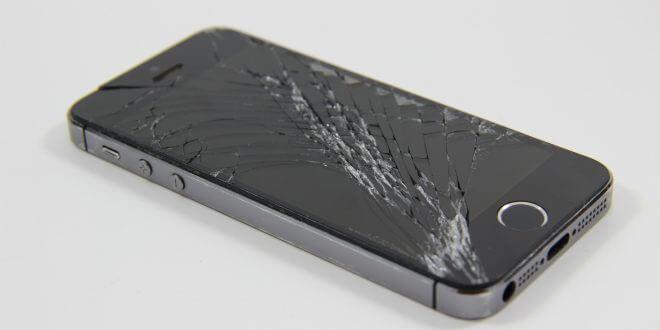 Smartphone: Defekten Bildschirm reparieren – DIY spart Geld