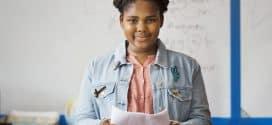 Mädchen in der Pubertät haben Angst – und das sollten sie nicht #WieEinMädchen [Sponsored Video]