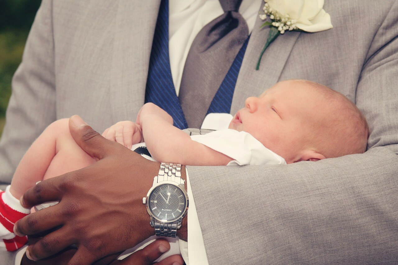 Hochwertige Geschenke zur Geburt und Taufe – so sorgen Sie für Freude beim Schenken