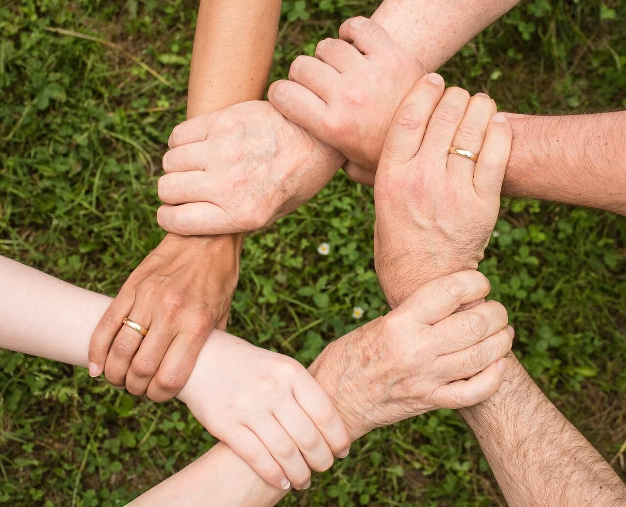 """Kampf gegen Altersarmut – so bleiben Sie auch im Alter """"flüssig"""""""