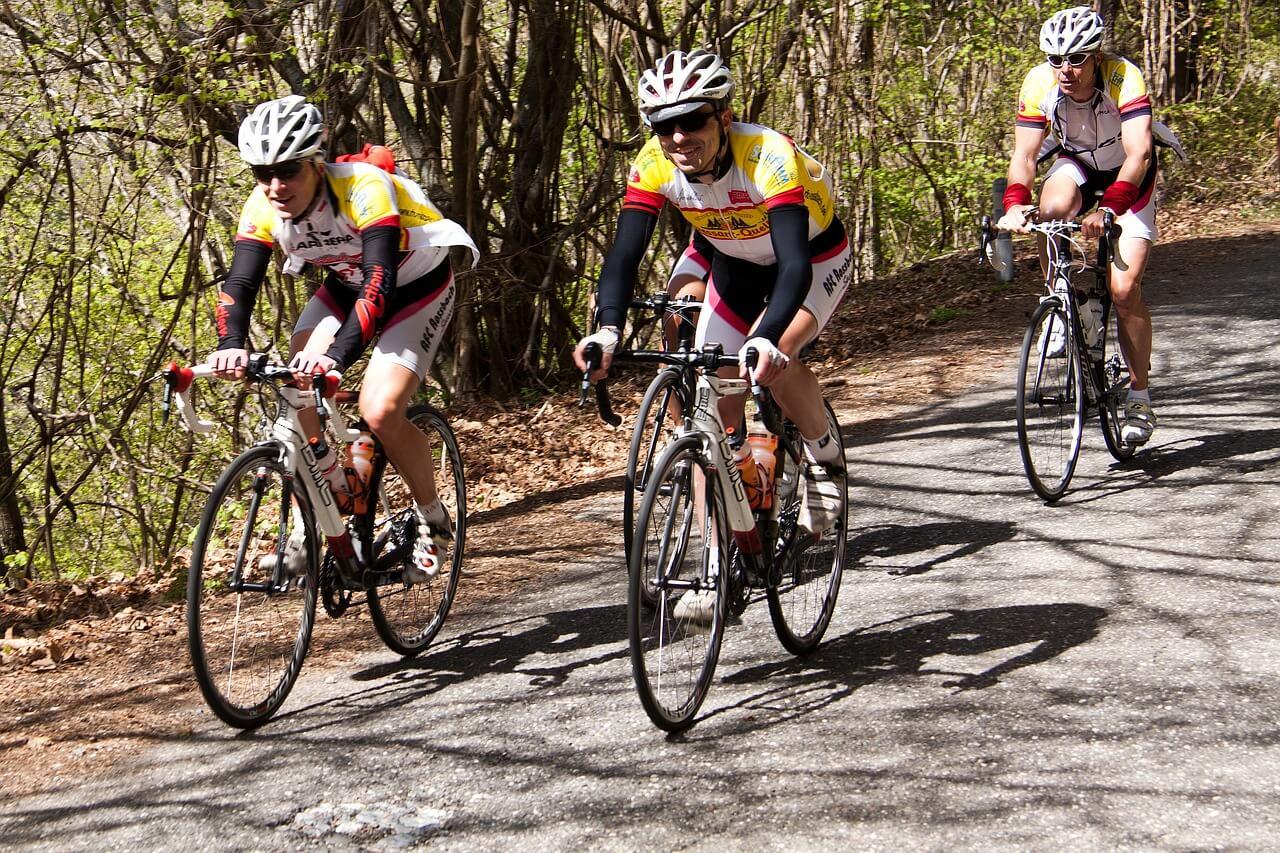 Sicher mit dem Rad unterwegs: So finden Sie den richtigen Fahrradhelm