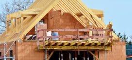 Mit Holz oder mit Stein bauen: Die Vorteile im Überblick