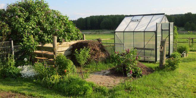 So verwahren Sie ihre Gartengeräte sicher im Gartenhaus